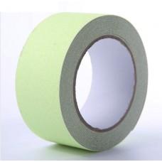 Самоклеящаяся фотолюминесцентная противоскользящая лента Anti Slip Glow Tape крупной зернистости (60 grit). Цвет: салатовый